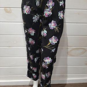 Vans Women's Avalon Ankle/Capris Pants, Size M